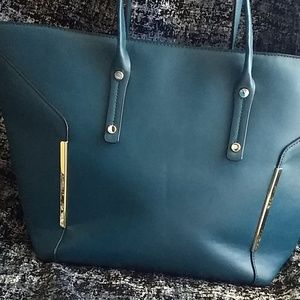 Structured Tote Bag with outside pocket
